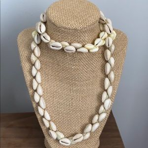 "Vintage Cowrie Shell Necklace ""32"